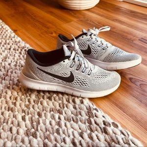Women's Free RN Nike Running Shoes
